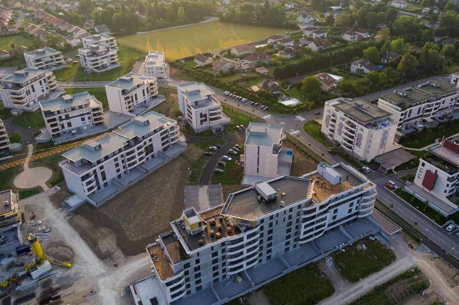 photo architecture aérienne par drone, suivi de chantiers.