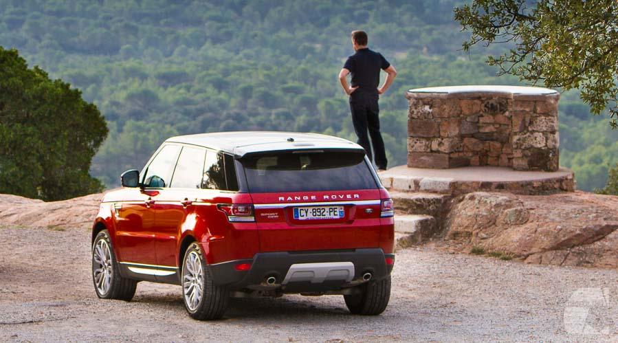 Photo vidéo auto moto : lancement presse Land Rover Evoque rouge