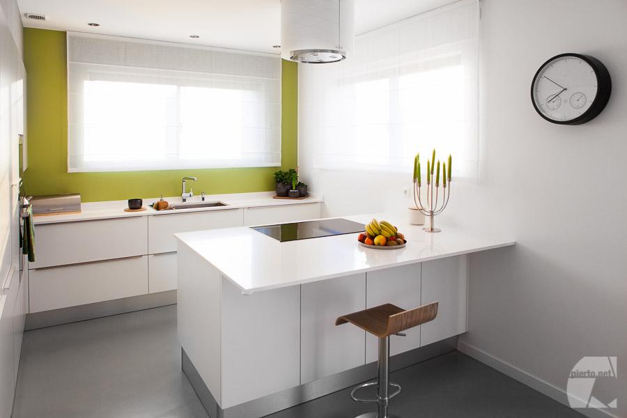 Photo déco, design, architecture d'intérieur, mobilier cuisine minimaliste, blanc/vert
