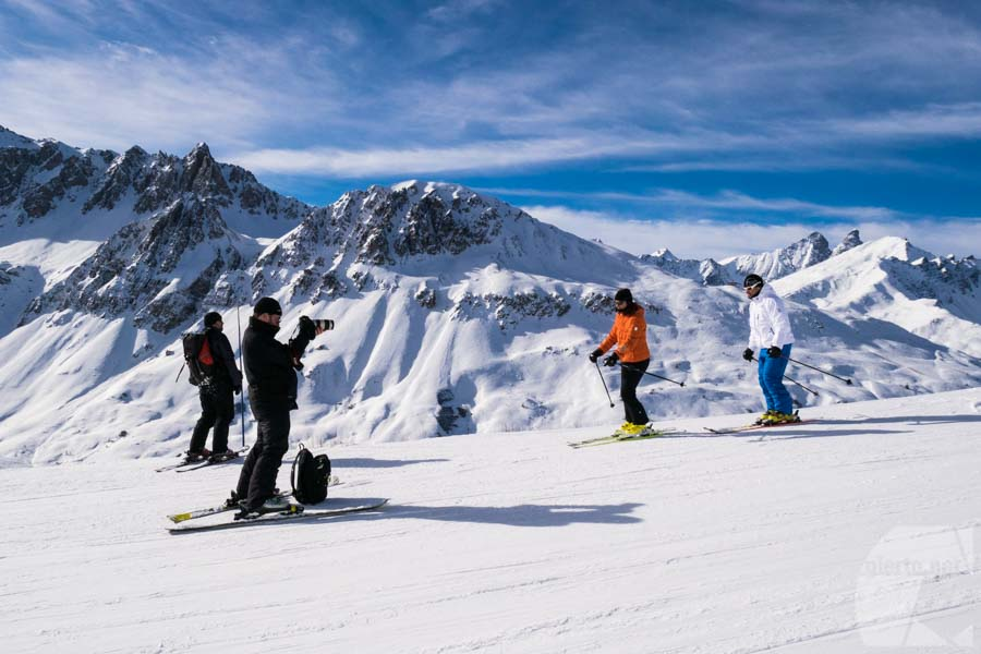 Prise de vue vidéo drone en Savoie : station de ski
